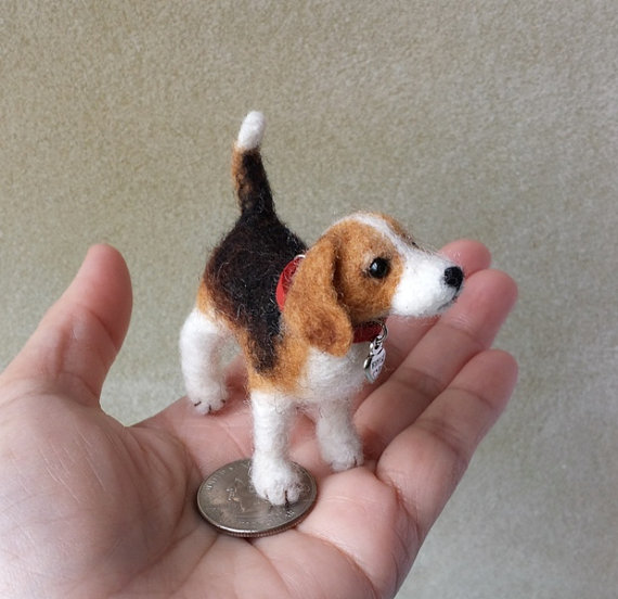 Absolutely precious handmade beagle by Petite Wonders 28