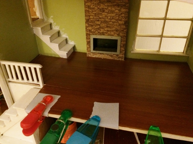 Use chip clips to force your floor flat. Photo by Holly Tierney-Bedord. All rights reserved.